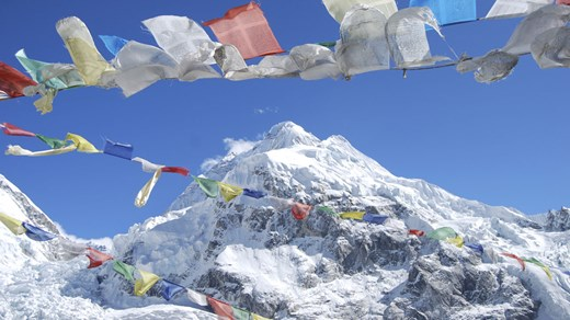 Flagga på Everest, Nepal